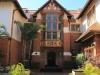 Burban Bearea Musgrave Road - The Caister Greenacres home main entrance facade (4)