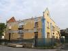 Point - Yellow building facade (8)