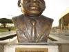 moses-mabhida-statue-1