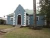 eshowe-blue-house-s28-54-093-e-31-27-956-elev-528m