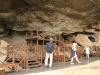 giants-castle-bushman-paintings-the-cave-1