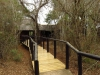 Hluhluwe - Munywaneni Bush Lodge - chalet walkways (1)