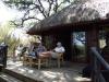 Hluhluwe - Munywaneni Bush Lodge - viwing deck over river (2)