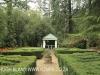 Benvie - garden maze (1)