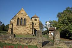 RICHMOND - St Mary's Church & Graveyard