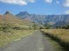 berg-view-road-into-tendele-7