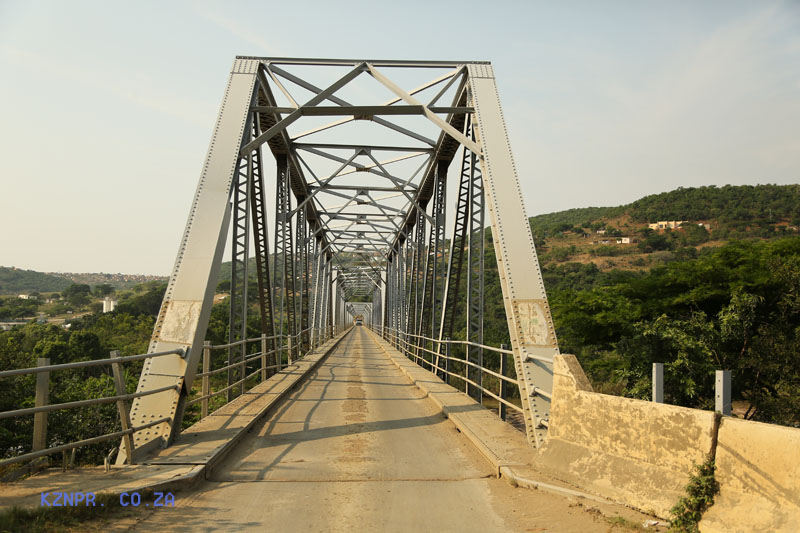 Mandini -  Old Tugela Bridge - Road - steel bridge - 29.10.339 S 31.23.760 E (2)