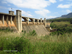 Nagle Dam flood retention dam and diversionary spillway (2)