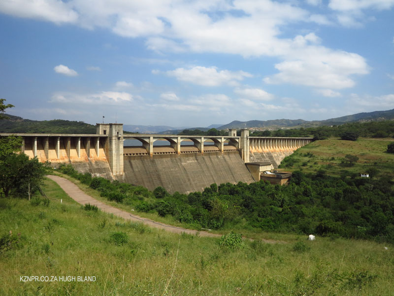 Nagle Dam main dam wall and spillway (8)
